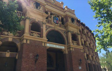 Escritores y escrituras - Plaza de Toros Puerta